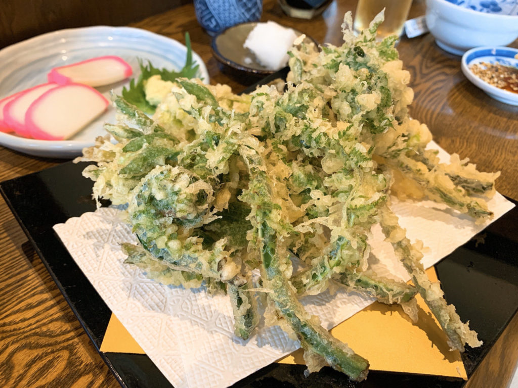 中野屋の山菜の天婦羅