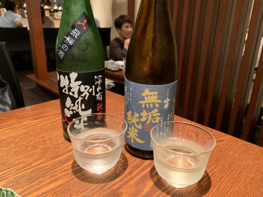 岐阜の原田酒造場の山車と舩坂酒造店の深山菊