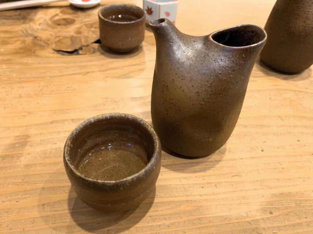 根津の手打ちそば鷹匠の日本酒